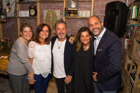 Suzanne Guasch, Sofia Manavello, Ricardo Montaner, Marlen Rodriguez, Alejandro Perez Bolaños